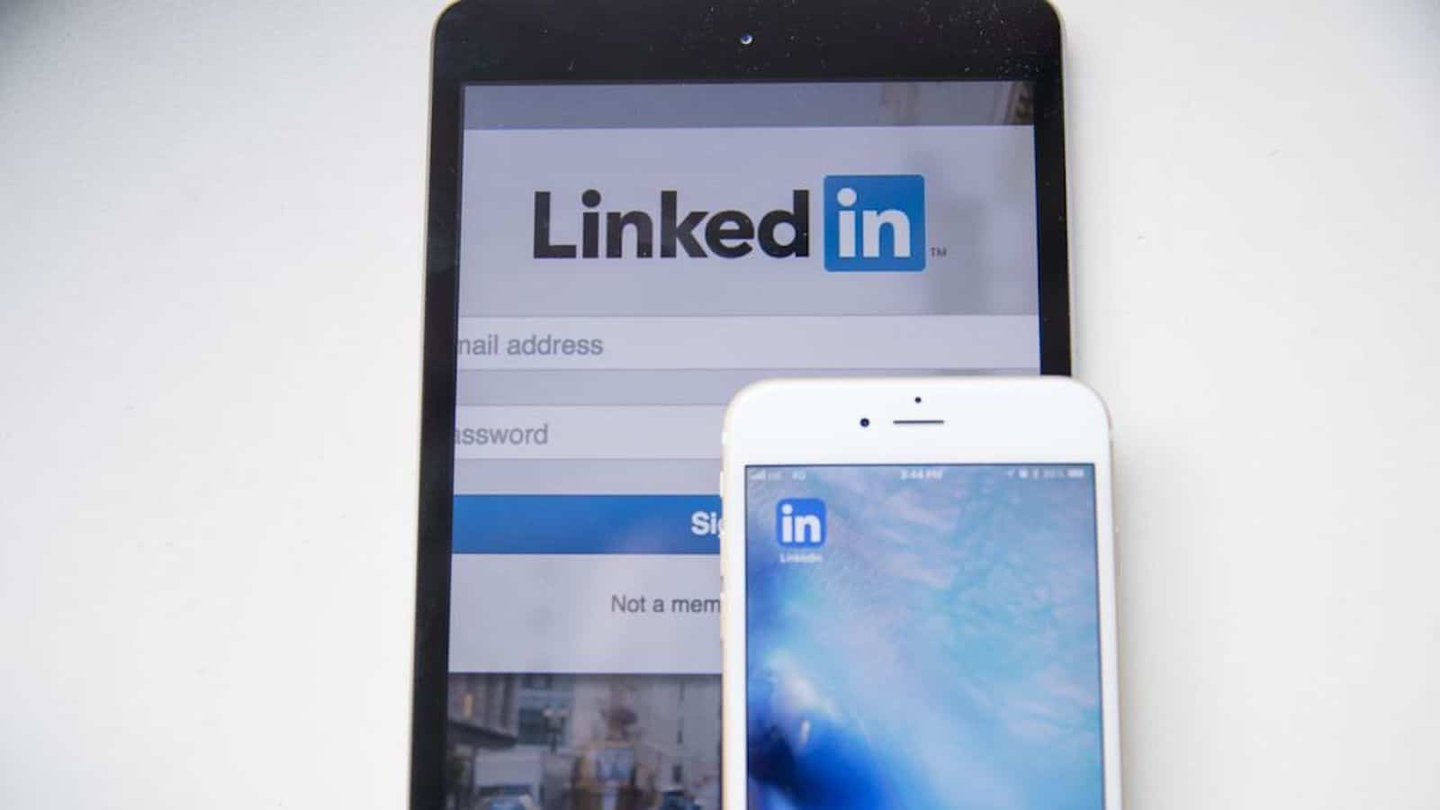 Linkedin messenger ad