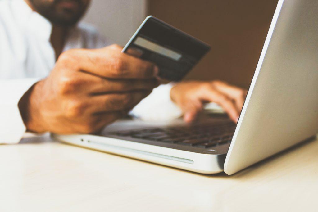 E-handeln ökar