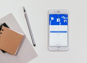 Digitala nyheter Facebook