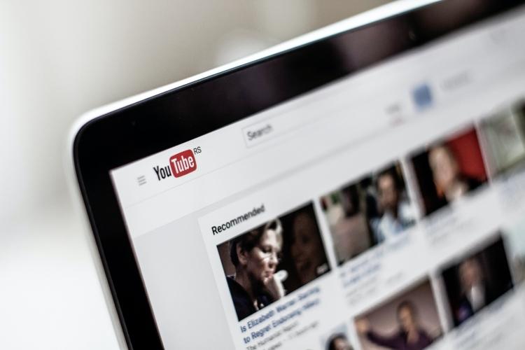 Digitala nyheter om YouTube uppdateringar